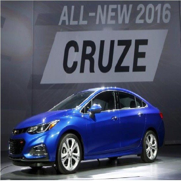 New 2016 Chevrolet Cruze Gets Longer Lighter And More